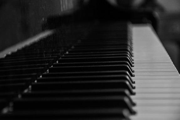 piano-933340_1280
